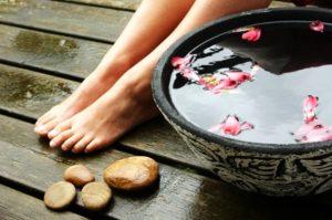 ванночка для ног с розами и имбирем