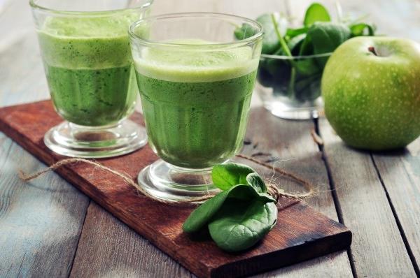 смузи с имбирем и шпинатом