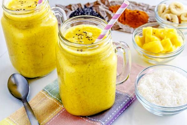 смузи с имбирем и ананасом