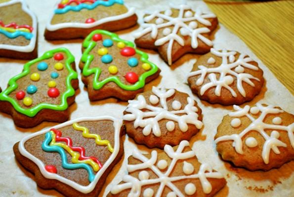 украшенное имбирное печенье