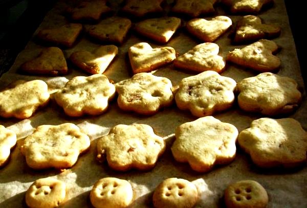 процесс выпекания имбирного печенья