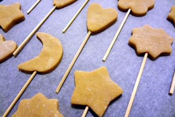 имбирное постное печенье на палке