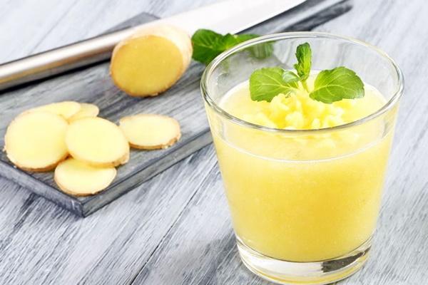 напиток с имбирем и мятой
