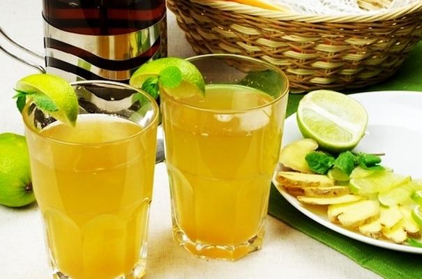 холодный имбирный напиток с лаймом
