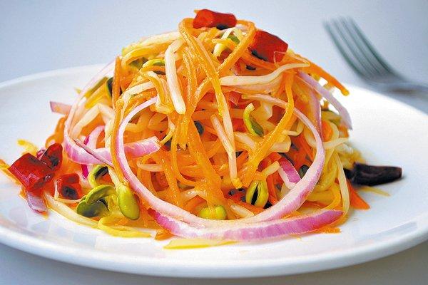 салат с морковью и имбирем