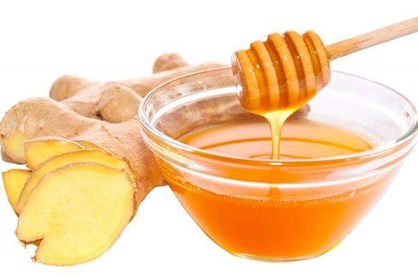 корень имбиря с медом