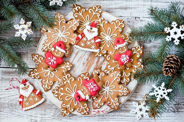 красивые новогоднее имбирное печенье