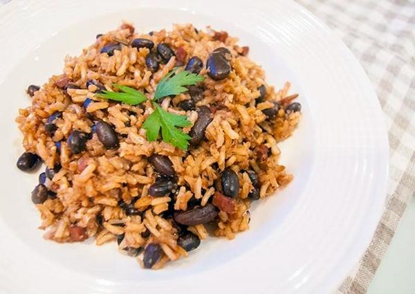 рис с фасолью и имбирем