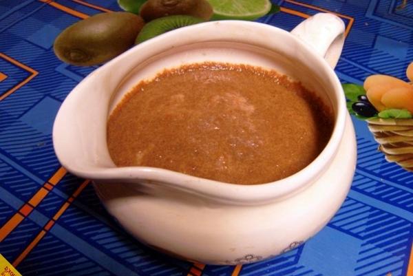 имбирный соус в пиалке