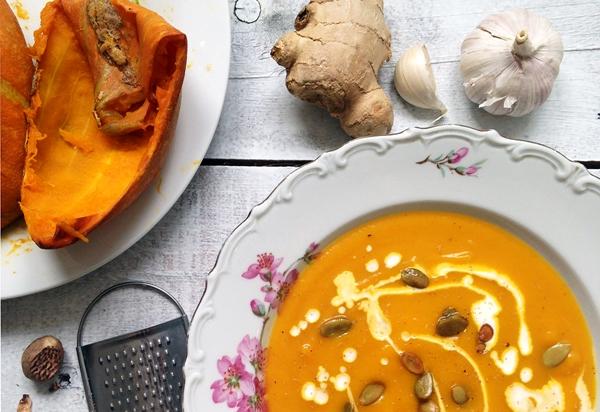 суп с тыквой, имбирем и чесноком