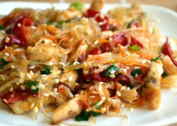 Курица с кукурузой,имбирем и кунжутом