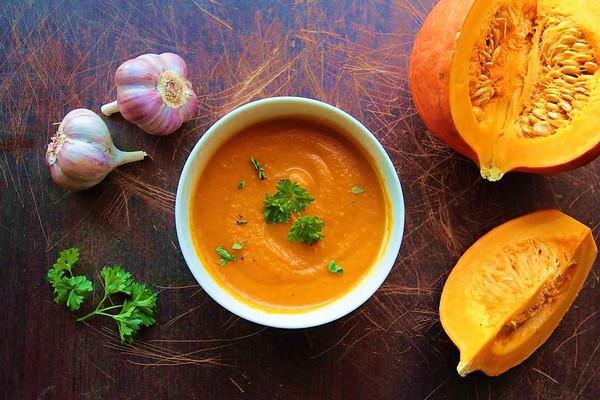 суп с тыквой и чесноком