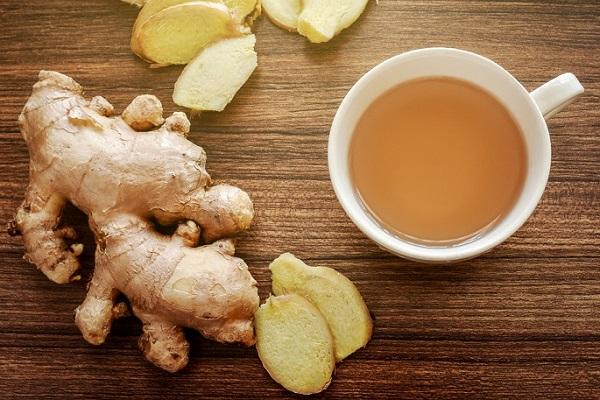 Имбирный чай с порошком корня