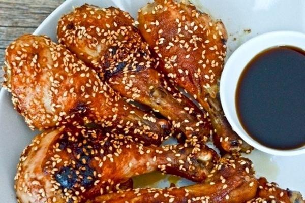 курица с кунжутом и имбирем